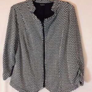 TORRID Wms Jacket Size 2 2X Black White Checkered